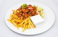 Joyces Irish Pub   Harcsa gyros sültborgonyával friss salátával kapros öntettel   Menu24.hu