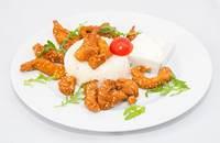 Joyces Irish Pub   Szezámmagos csirkemell csíkok rántva rizzsel és tartármártással   Menu24.hu
