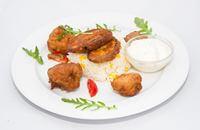 Joyces Irish Pub | Sörtésztában sült zöldségek (cukkini, gomba, brokkoli, karfiol) kukoricás rizzsel tartármártással | Menu24.hu