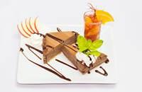 Joyces Irish Pub | Belga csokoládé torta chili-narancs öntettel | Menu24.hu