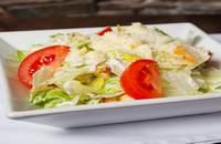 Upps | Cézár saláta vajban pirított kenyérkockákkal | Menu24.hu