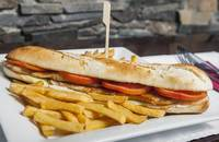 Upps | Chicken baguette | Menu24.hu