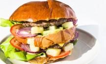 40es Palacsintázó | FÉLkilós Duplahúsos hamburger hawaii | Menu24.hu