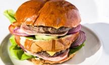 40es Palacsintázó | FÉLkilós Duplahúsos hamburger sonkás | Menu24.hu