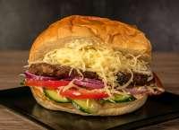 Before Bar | Retro burger | Menu24.hu