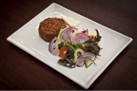 Leroy Cafe | Tatar beefsteak | Menu24.hu