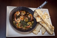 Leroy Cafe | Oven-baked shrimp with piri piri garlic pizza bread | Menu24.hu