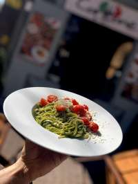 Corleone Ristorante | Spaghetti házi pestóval és koktélparadicsommal | Menu24.hu
